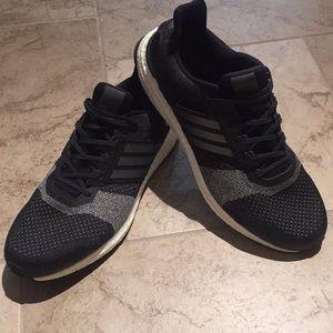 Men's Adidas Ultra Boost Sneakers